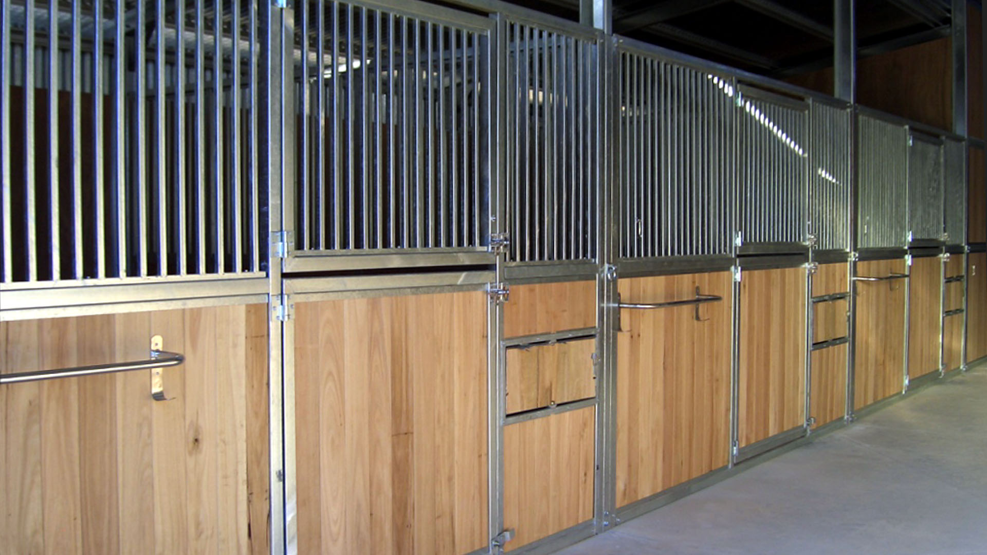 Stables Steel Stables And Horse Stalls
